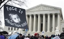 Etats-Unis : la Cour suprême confirme l'interdiction de vidéos anti-avortement