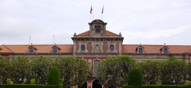 Crise institutionnelle en Catalogne : enjeux juridiques et politiques