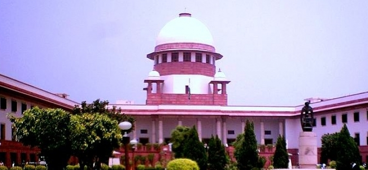 """Inde : """"Constitution Day"""" sous tension pour la Cour suprême"""