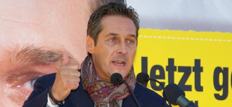 """Journalisme, redevance,… : le vice-chancelier autrichien promet de """"réformer"""" l'audiovisuel public"""